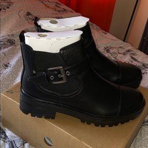 Indigo Rd. Black boots, size 9.5! Womens